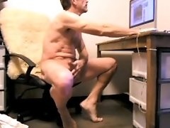 Daddy gets overexcited by internet porn