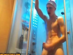 the twink is in a jolly mood wanking off