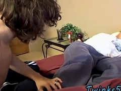 Hot twink Bareback Boyfriends Love Feet